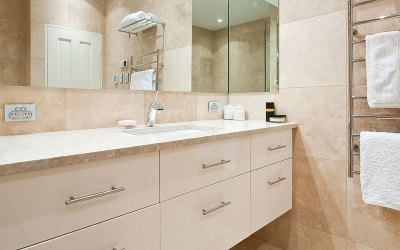 bathroom with drawers