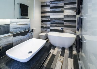 Escape to the Ensuite
