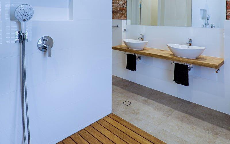 shower with wooden floor