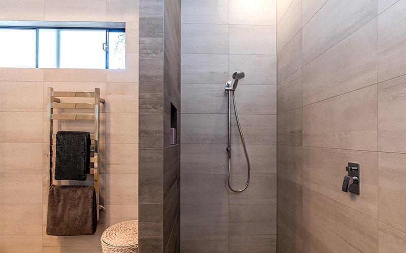 floor to ceiling tiles in shower