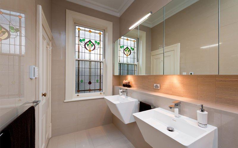 lead light windows in bathroom